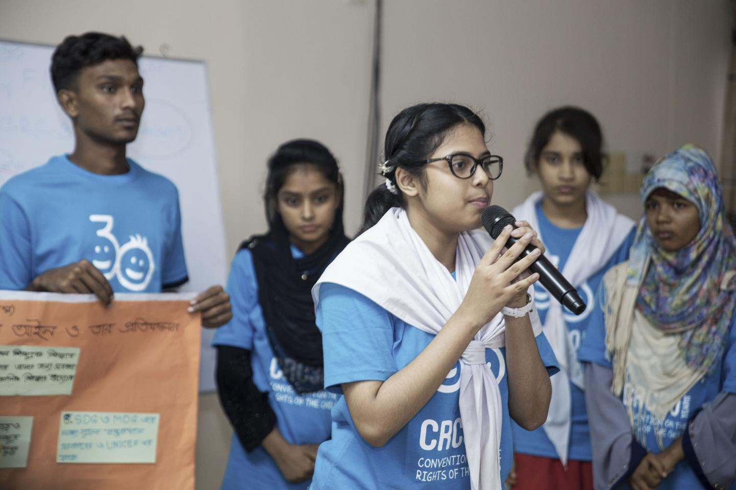 Voicing climate change concerns at CRC30 forum | UNICEF Bangladesh