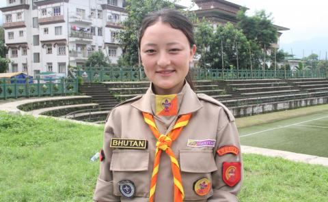 A young scout girl