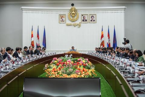 UN representatives in Cambodia meeting with Hun Sen