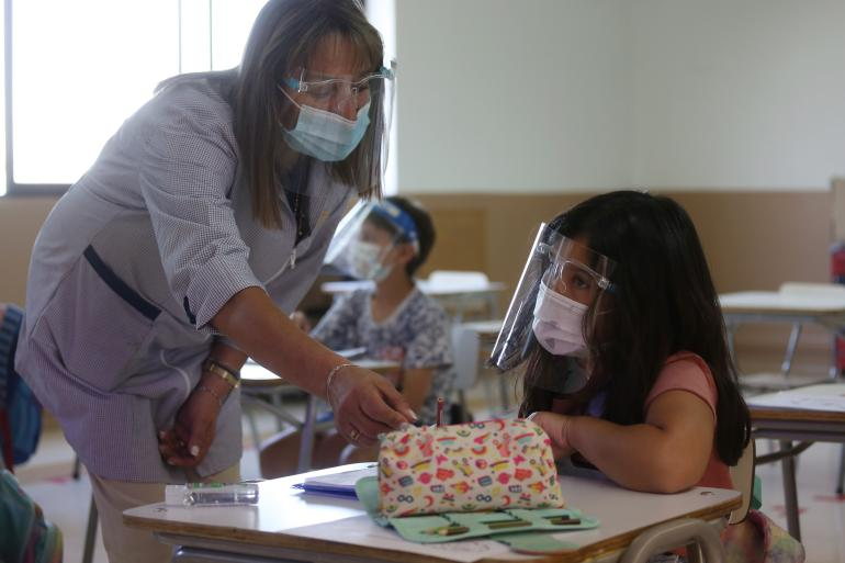 35 mil vacunas para maestros