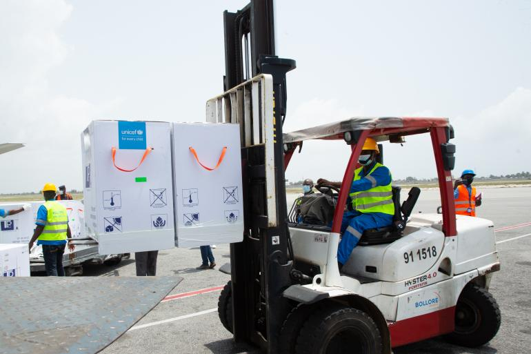 On Friday 26 February 2021, a shipment of COVAX COVID-19 vaccines are offloaded at the airport in Abidjan. Cote d'Ivoire received 504,000 COVID-19 vaccine doses from the COVAX Facility at the airport in Abidjan