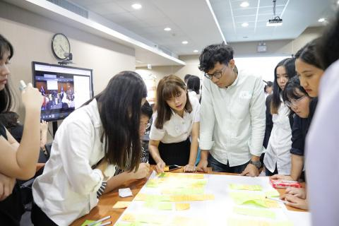Thais youths using design thinking to come up with solutions to better Thai education