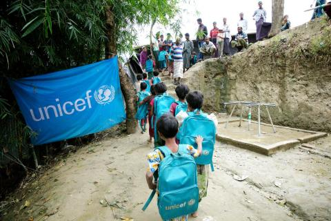 Rohingya refugee children make their way home after attending UNICEF's Kokil Learning Centre