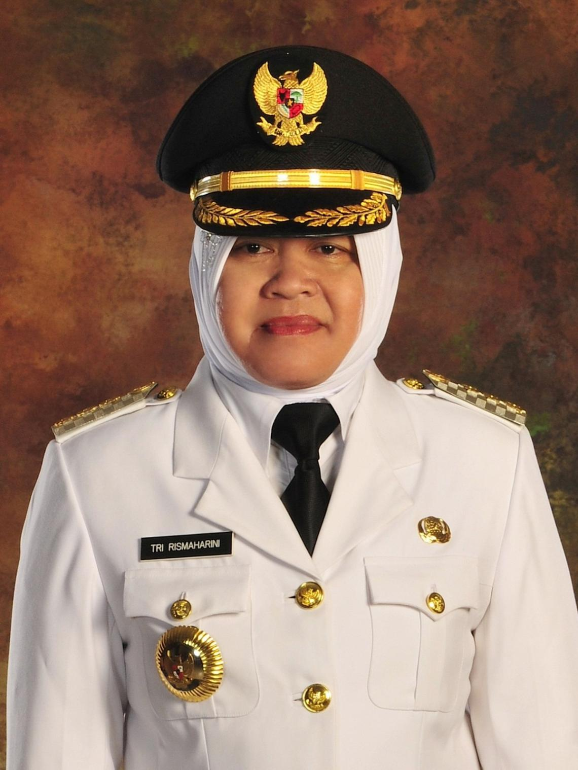 Mayor of Surabaya and host of the event, Ibu Risma