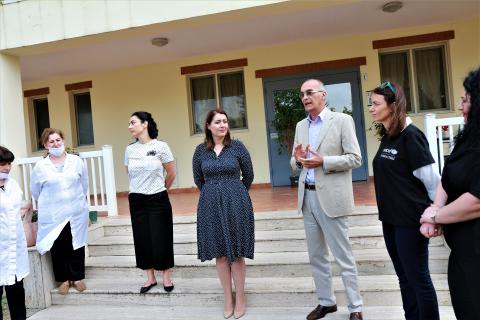 UNICEF Representative in Albania,  Roberto de Bernardi and the Minister of Health and Social Welfare greets the frontline workers at the residential care institution