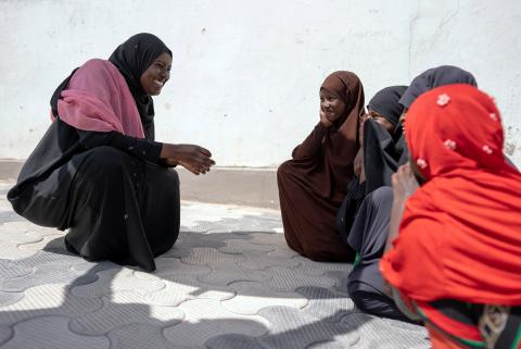UNICEF-supported social worker, Hibo Mohamed Suleiman, addresses children in Hargeisa, Somaliland on the 8th February 2021.