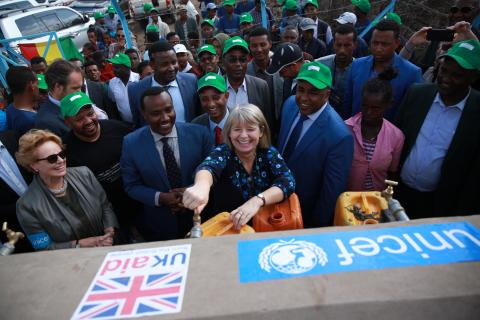 His Excellency Dr Girma Amente, with the rank of Vice President, coordinator of infrastructures, Oromia Regional Government, Her Excellency Ms Harriett Baldwin, Minister for Africa at the Department for International Development and the Foreign and Commonwealth Office, H.E Dr Negash Wagesho, State Minister  of Water' Irrigation and Energy, Ms Gillian Mellsop, UNICEF Representative in Ethiopia, officials from the Oromia Regional Government, and Welenchiti Town and Boset Woreda administration officials and th
