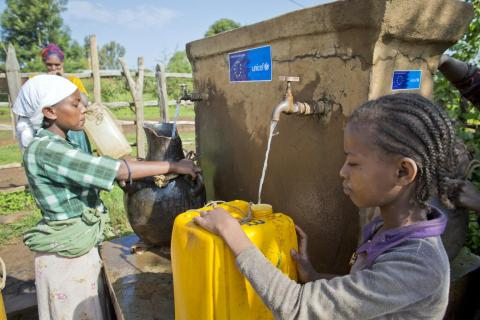 Residents fetching water in Ethiopia