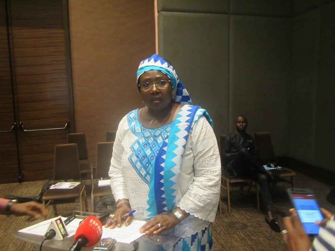 Mme Mariama Sylla, Ministre des affaires sociales, de la promotion féminine et de l'enfance prononçant son discours de bienvenue