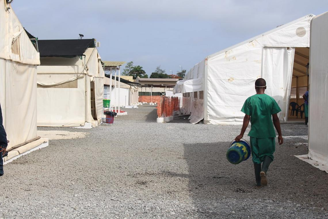 COVID-19: With funding from Swedish Sida, UNICEF sets up an additional tent at the Nongo Care Centre