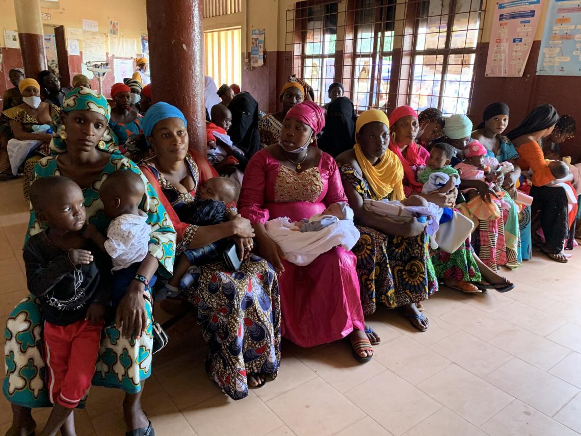 La salle d'attente du centre de santé de Salamani