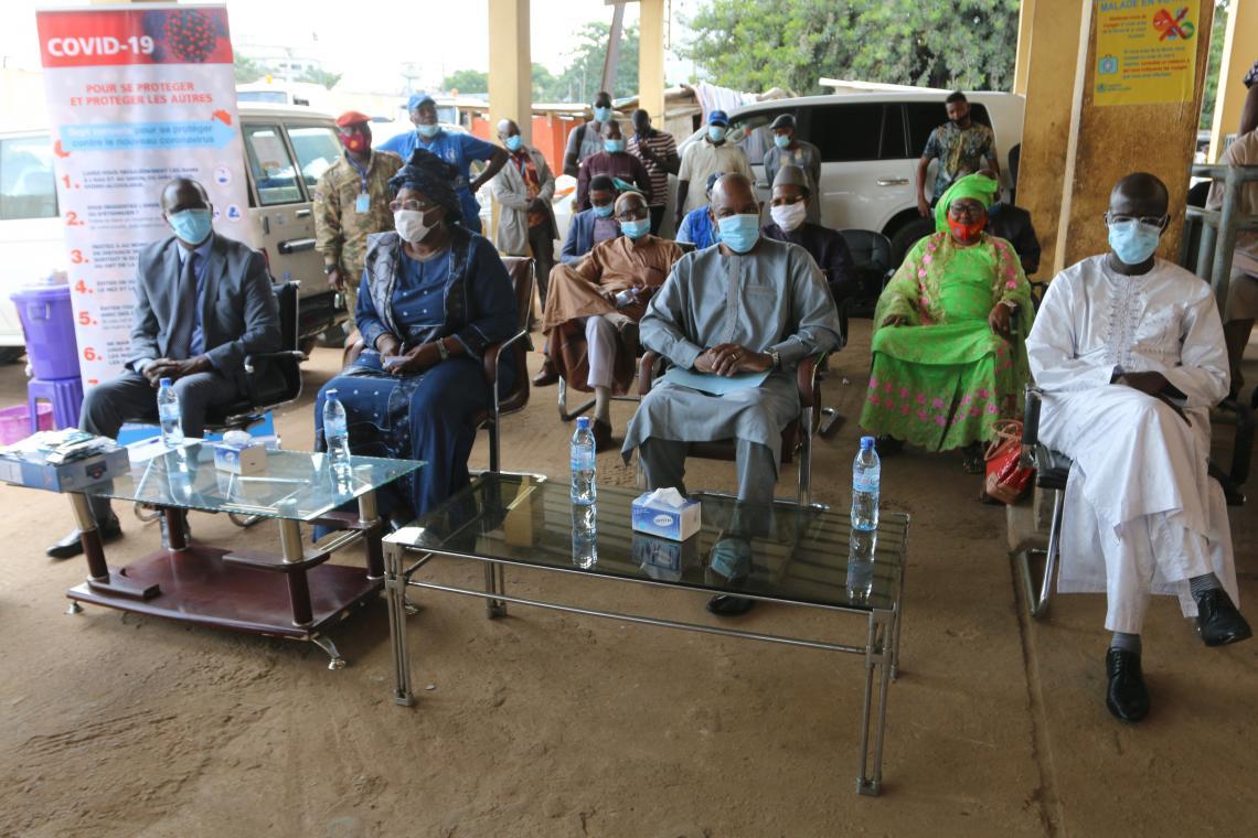 Les 3 Représentants Résidents des 3agences (UNICEF, OMS, PAM) autour de la Ministre de l'Action sociale et des personnes vulnérables au lancement du projet de soutien aux personnes vulnérables