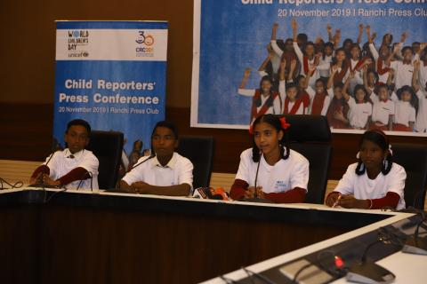 Child Reporter Saniya Kumari anchored the programme the Child Reporters Press Conference organized in Ranchi Press Club and gave an overview about the World Children's Day, the 30th anniversary of the CRC and the Child Reporters Programme in Jharkhand.