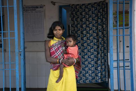 Teladi Wadaka (mother, she doesn't know her age) has 2 children. Her younger one is 11 month old Monali.