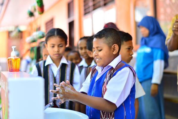 Panduan Informasi Dan Langkah Pencegahan Dan Pengendalian Coronavirus Covid 19 Di Sekolah Unicef Indonesia