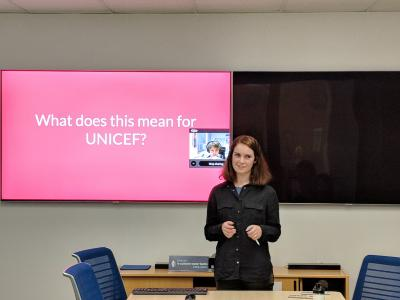 Rebecca presenting her work at UNICEF HQ