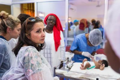 Doctors and health workers in action in a hospital in Senegal