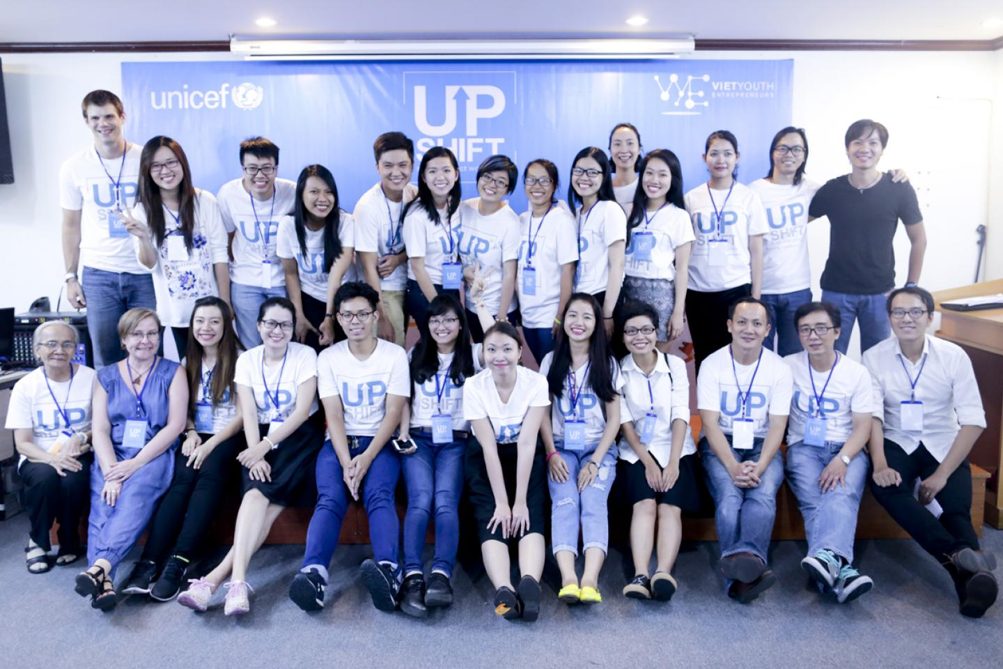 Mentors, supporters, and UPSHIFT Organizers with the teams at the UPSHIFT Workshop.