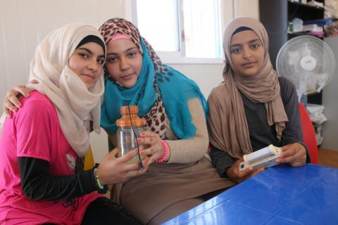 Esmaa, Shorouq, Nour – the girls that made a food blender out of recycled materials.