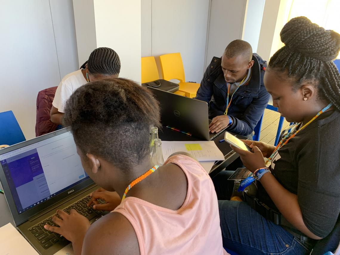 SURGE Cape Town Students fulfilling their first bounties on desktop and mobile.