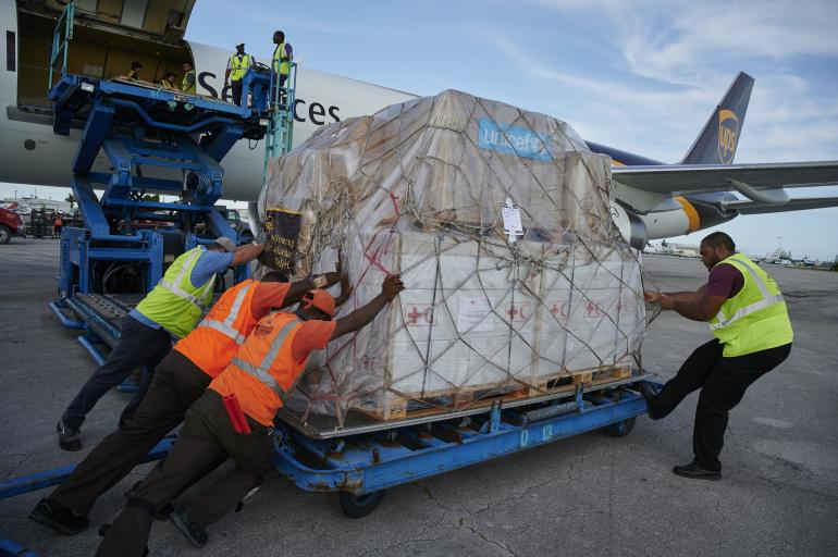 Humanitarian plane with 1 5 tons of UNICEF supplies lands in