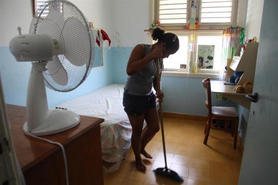 Consejos De Limpieza E Higiene Para Mantener El Coronavirus Covid 19 Fuera De Tu Hogar Unicef