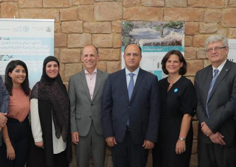 FAO Representative and UNICEF Deputy Rep. stand with the Dutch Ambassador to Lebanon and the Minister of Agriculture joined by the Ministry's Head of Education and Coaching Department.