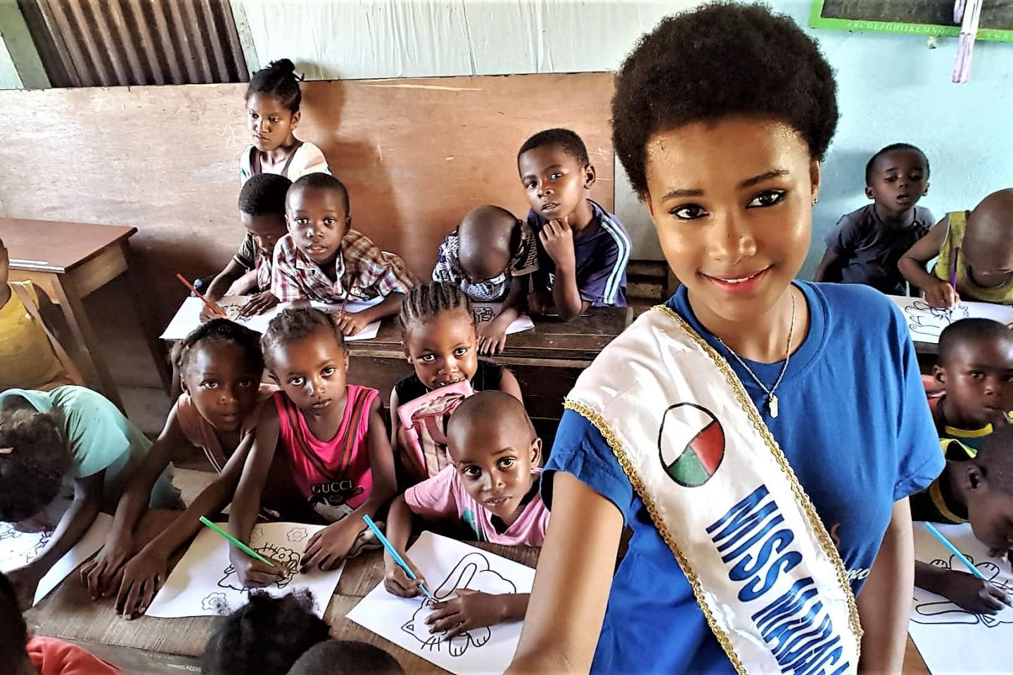 A beauty pageant at the service of education | UNICEF Madagascar