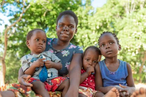 A mother and her children in Nkhatabay district