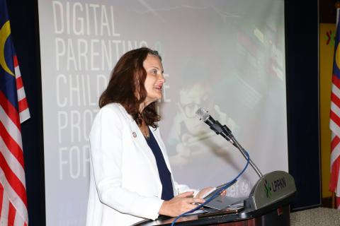 UNICEF Representative in Malaysia speaking at the Digital Parenting Forum