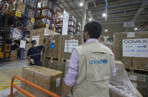On 21 February 2021, UNICEF's staff Rafik ElOuerchefani, oversees the distribution operation of auto-disable syringes and safety boxes at a warehouse in Dubai Logistics City, United Arab Emirates.