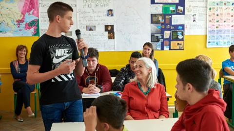 UN Resident Coordinator, Fiona McCluney in the classroom with students from Božidar Vuković Podgoričanin Elementary School during the World's Largest lesson