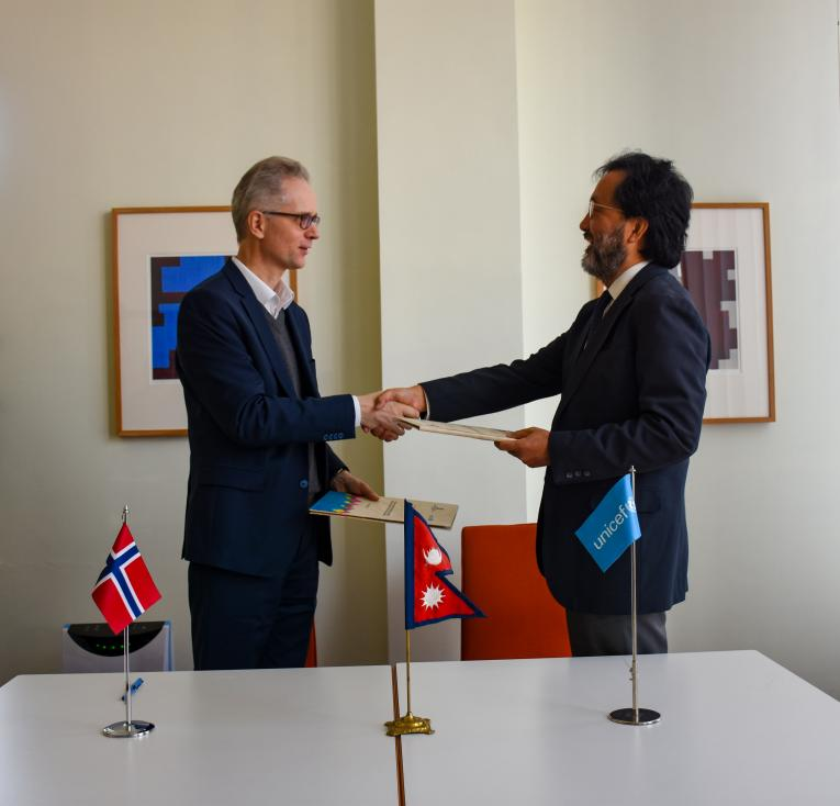 Royal Norwegian Embassy and UNICEF sign an agreement