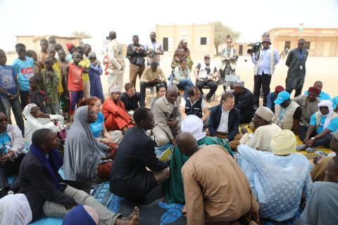 UNICEF and partners paid a visit to the conflict-affected region of Diffa to see first-hand the humanitarian situation and response and meet with people affected by the crisis.