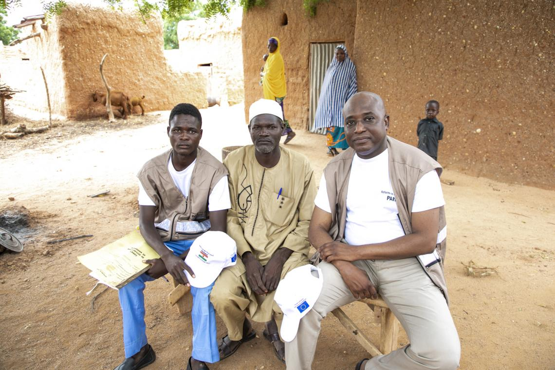 Modou Miko, Moussa Saley and the chief of the village of Sarkin Yamma