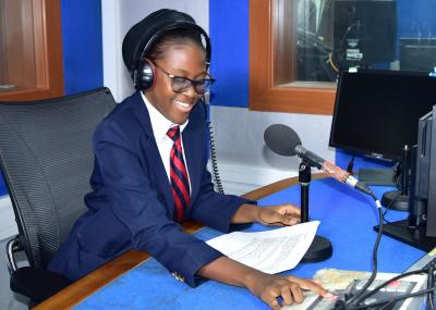 child-broadcasting-on-radio