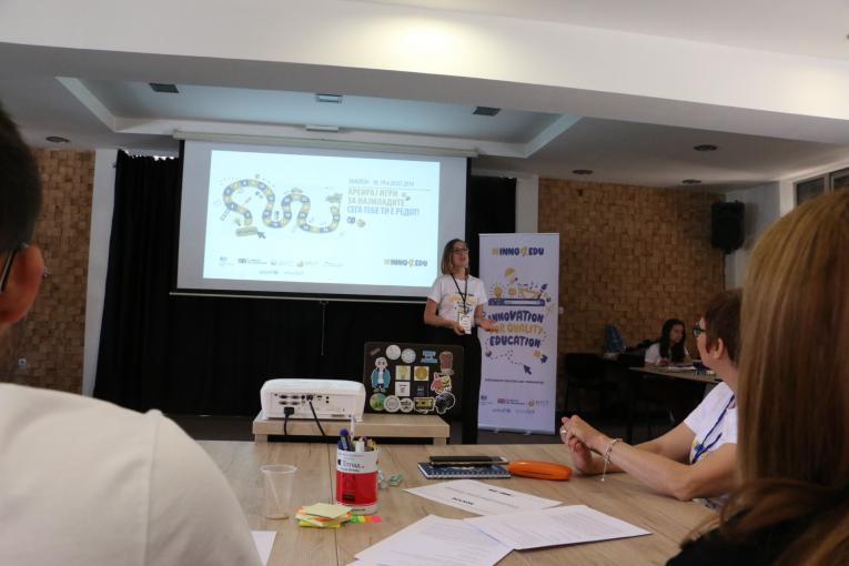 Sofija Bogeva from Start Up speaking at the education hackathon