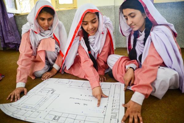 Girl picture quetta Quetta Women