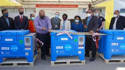 UNICEF hands over 224 solar powered vaccine fridges to the Government of Papua New Guinea.