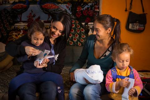Andreea Marin, National Ambassador for UNICEF in Romania, visiting a 20 years old mom of four children in