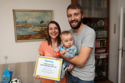 Super parents Teodora, Uros and their son Ratko (5 months)