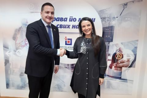 Minister Branko Ruzic and UNICEF Representative in Serbia Regina De Dominicis