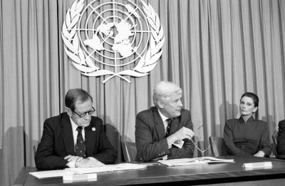 James Grant (Executive Director, UNICEF), Jan Martenson (Under-Secretary-General for Human Rights and Director, United Nations, Geneva) and Audrey Hepburn (Goodwill Ambassador of UNICEF) at a UNICEF press conference as the UN General Assembly adopts the Convention on the Rights of the Child.