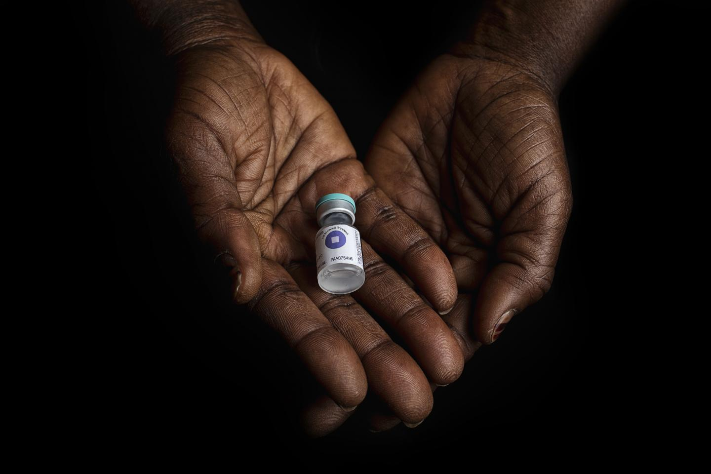 Pneumonia vaccine in a Health Center in Mali, March 2018.