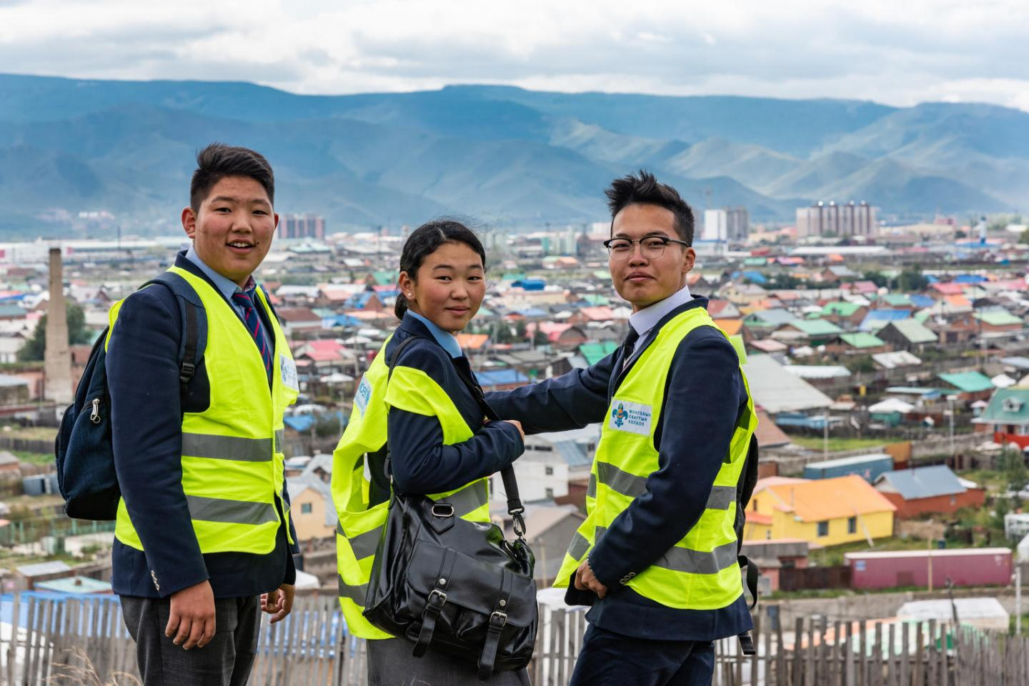 Adolescents in Ulaanbaatar, Mongolia, collect air pollution data as part of the Air Pollution Youth Mappers programme. Equipped with portable monitors provided by UNICEF, they walk through their communities to measure air quality.