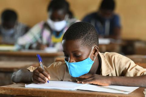 Students attending classes at the Primary school of San Pedro, in the South West of Côte d'Ivoire.