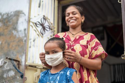 7 formas en que empleadores pueden ayudar a padres y madres trabajadores  durante el coronavirus   UNICEF