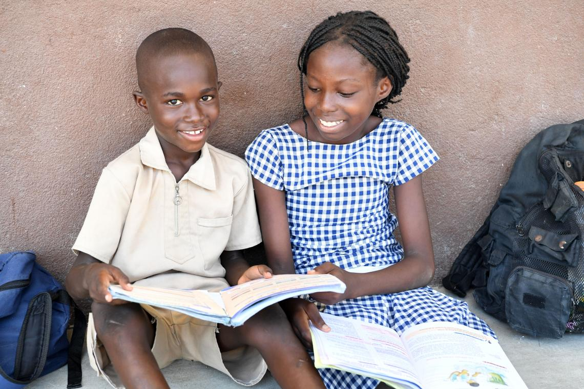 Minority Students Still Missing Out On >> All Children In School Unicef