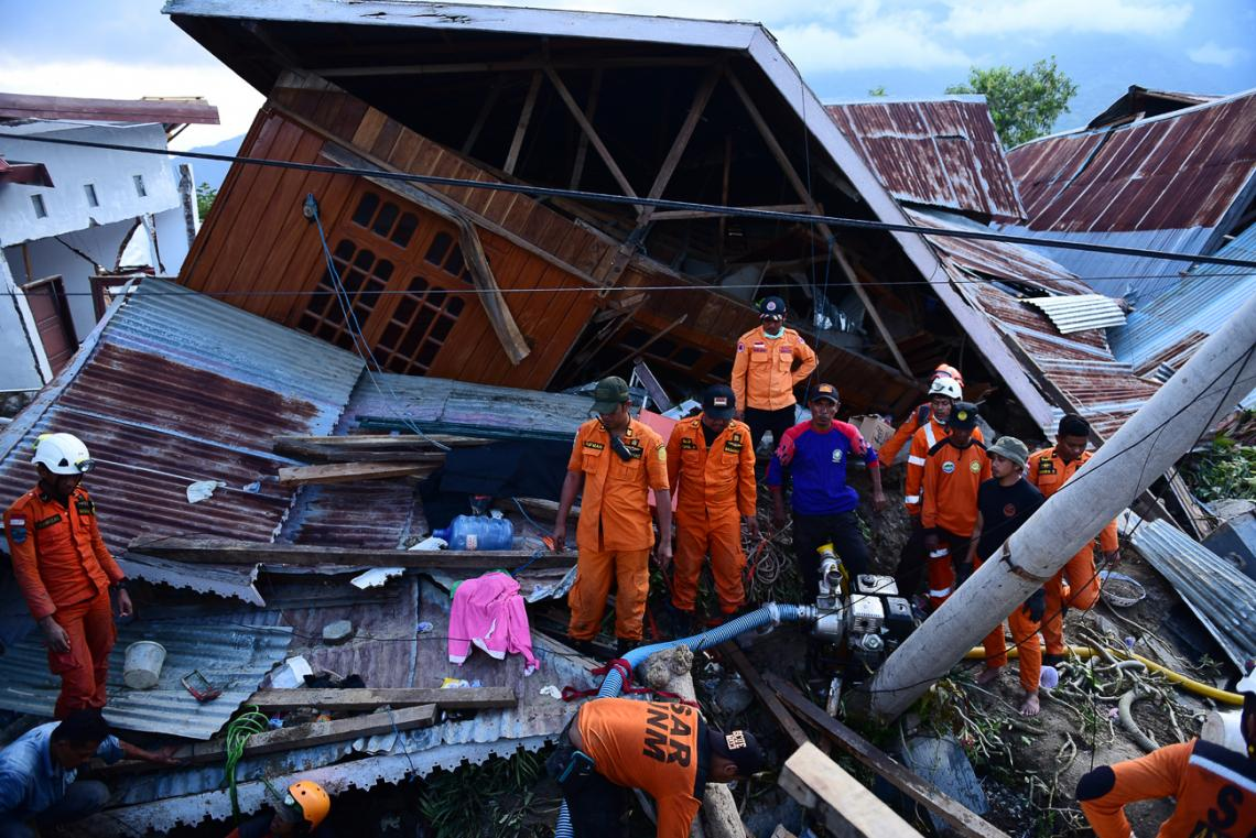 Rescue workers on Indonesian island of Sulawesi.