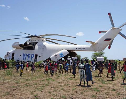 WFP helicopter delivers supplies